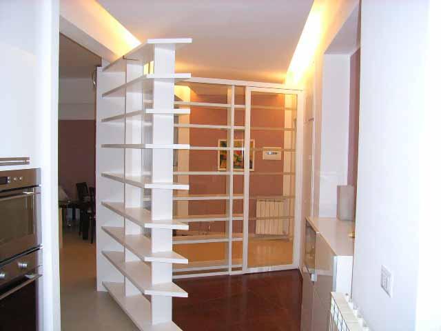 Librerie Dietro Al Divano : Mobile dietro il divano evolution sistema modulare di libreria a