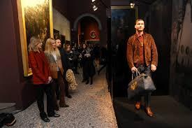 Sfilata di moda-pinacoteca di Brera